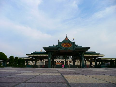 gate480.jpg