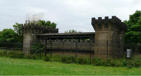 gate480_2.jpg