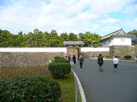 sakuradamon2010_480.jpg