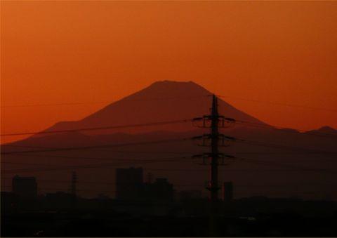 Fuji1204ev.jpg