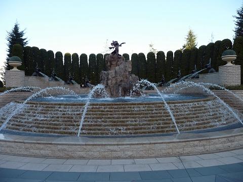 fountain_480.jpg